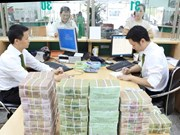 Reference exchange rate up 15 VND