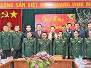 Top legislator pays Tet visit to border guards in Ha Giang
