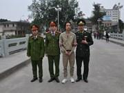 Vietnam returns fugitive to China