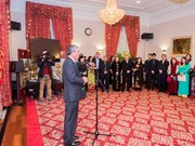 Vietnamese expats in US, UK celebrate Tet