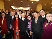 Party leader hails intelligentsia's contribution to policy making