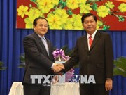 Cambodian officials deliver New Year greetings to Long An