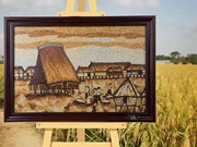 Rice paintings in Kon Tum highlight Central Highlands