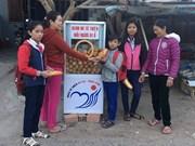 Free banh mi, clothes warm hearts in Kon Tum