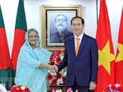 Vietnamese, Bangladeshi leaders hold talks