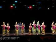 Indonesia works to preserve traditional dance