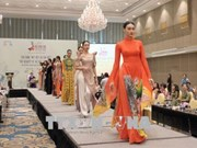 Charm of traditional Ao Dai highlighted at HCM City talks