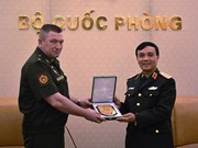 Army official receives Russian military delegation