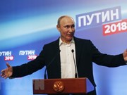 Party chief congratulates re-elected President V. Putin