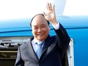 PM Nguyen Xuan Phuc leaves for third MRC Summit in Cambodia