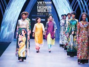 Vietnam Int'l Fashion Week underway in HCM City