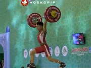 Vietnamese lifters shine at continental event