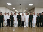 Party chief visits former senior leaders