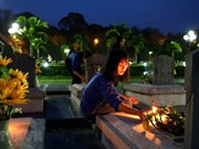 Candle lighting commemorates fallen soldiers in Dien Bien Phu battle