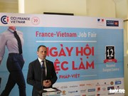 300 people find jobs at Vietnam-France career day