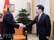 Vietnam wants to strengthen cooperation with US in regional mechanisms