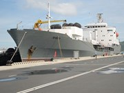 Russian Naval ships anchored at Cam Ranh port, begin Vietnam visit