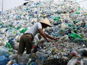 Experts warn ASEAN countries against plastic waste