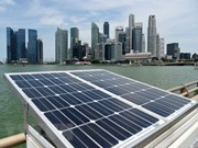 Singapore strives to develop solar energy