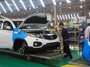 Domestically-assembled cars overwhelm imported vehicles