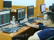 VN-Index struggles to regain lost ground