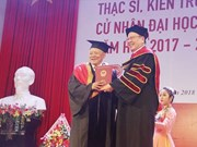 85-year-old man goes back to school to earn MBA degree