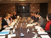 Deputy PM updates US firms on Vietnam's economic policies