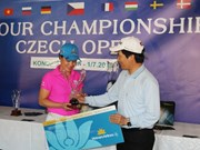 Golf tournament of OVs in Czech attracts large number of players