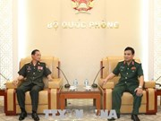 Lao Defence Ministry delegation welcomed in Vietnam