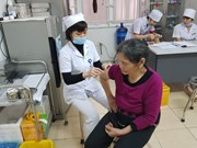 HCM City's residents rush to get flu vaccine