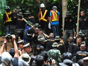 Thailand: Rescue efforts for football team may take 2-4 days