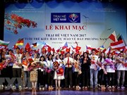 Summer camp marks 15 years of young Vietnamese connections