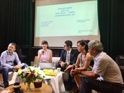 Vietnamese, Chilean artists discuss role of contemporary art