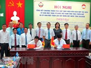 Vietnamese, Lao localities work to build peaceful borderline