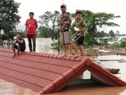 Lao PM directly monitors rescue efforts for victims in dam collapse