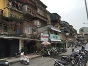 Hanoi faces difficulties in renovating old apartment buildings