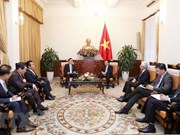 Deputy PM receives VN's Honorary Consul General in RoK
