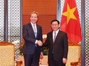 WEF willing to back Vietnam's digital economy: WEF President