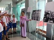 Photo exhibition marks Fidel's historic visit to Vietnam