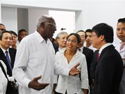 Cuban delegation visits Vietnam-Cuba Friendship Hospital