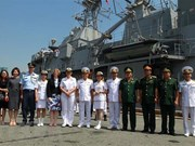 New Zealand's navy frigate visits Vietnam