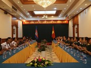 Vietnamese, Cambodian young officers foster exchange