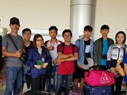 Indonesia's earthquake: Vietnamese students safely arrive in Jakarta