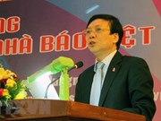 Vietnamese, Cambodian journalists' organisations strengthen ties