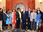 HCM City leader receives Cuban guest