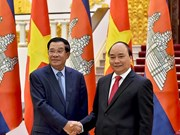 Vietnam, Cambodia agree to speed up signing of border trade agreement