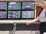 Shares end in the red due to selling pressure
