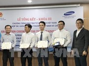 Samsung concludes third training course for Vietnamese consultants