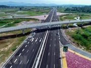Quang Ninh accelerates construction of Ha Long - Van Don expressway