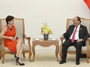 PM Nguyen Xuan Phuc receives outgoing Italian Ambassador